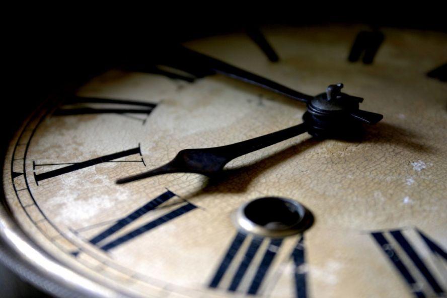 black_clock